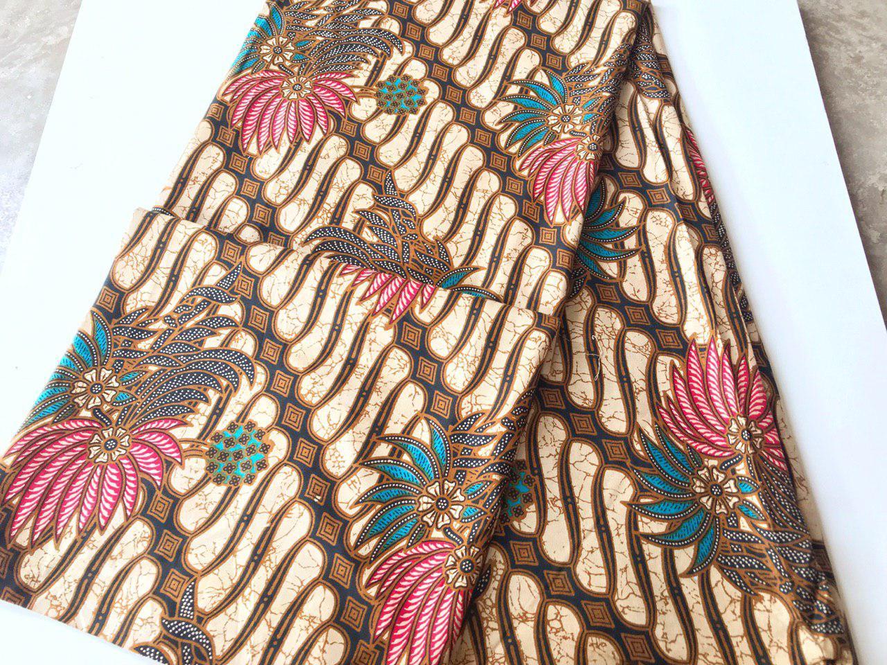 motif seragam batik